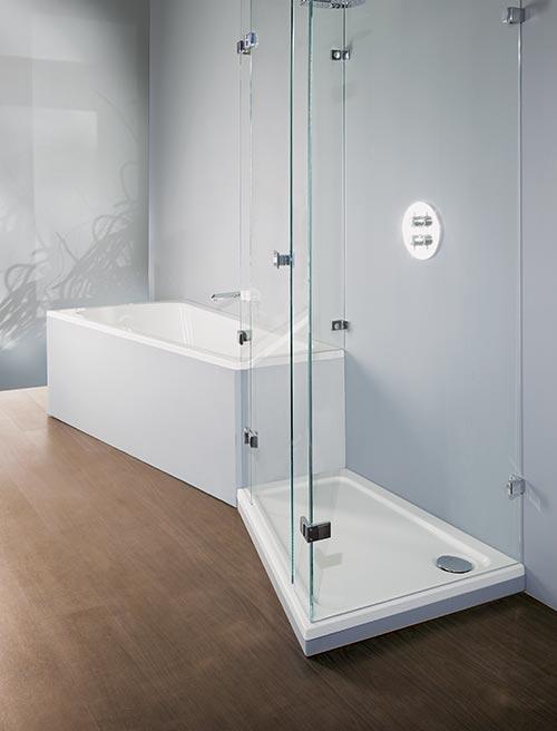 Badewanne 'ascea' und Duschwanne 'asyma' kombiniert